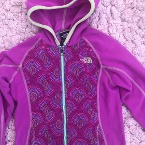 Girls lightweight North Face fleece.